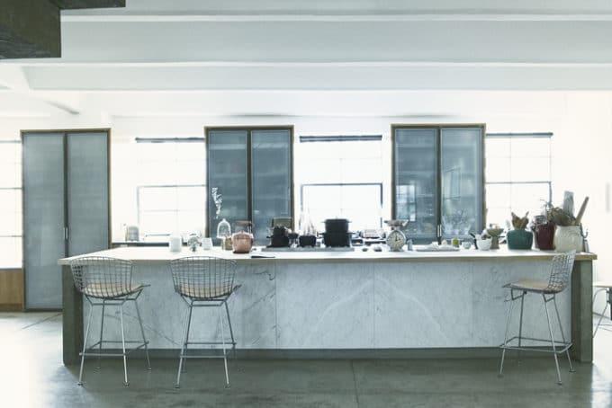 ニューヨークにあるロフトスタイルのキッチン