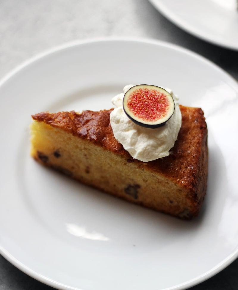 ハチミツ・バーボン・ピーカンケーキ